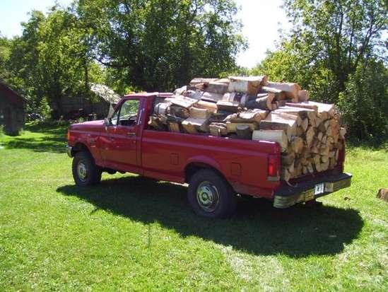 pickup truck hauling