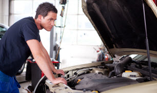 mechanic_shutterstock_83258920